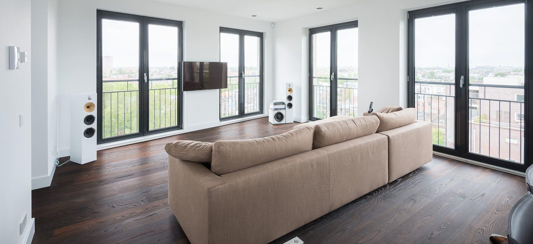 Vloerenhuis amsterdam legt plankenvloer tapis houten vloeren en nog veel meer op bijvoorbeeld vloerverwarming