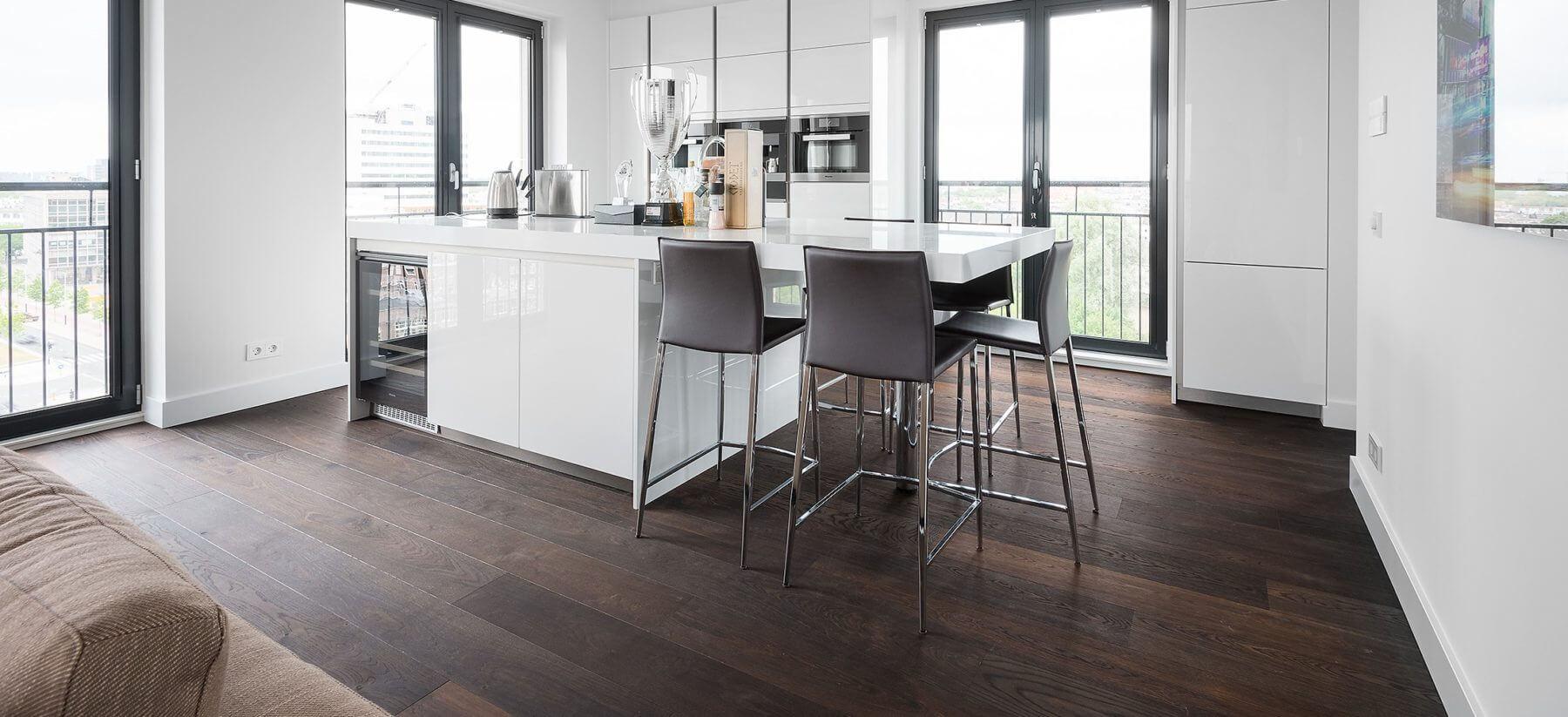 Luxe appartement met vloerverwarming geen probleem bij Vloerenhuis Amsterdam Tapis lamelparket etc.
