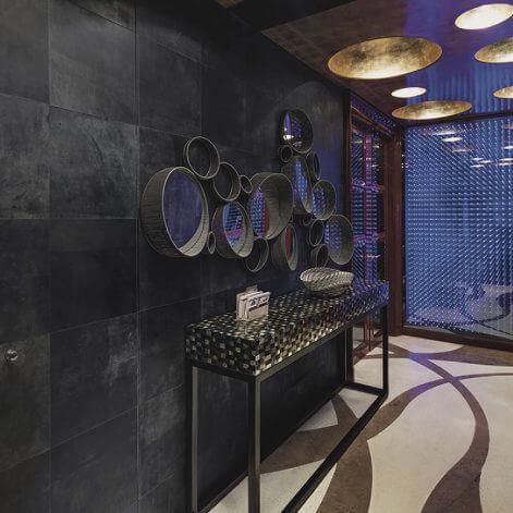 Alphenberg leather is mooi voor uw vloer of wandbekleding met echt leer dit is te bewonderen bij Vloerenhuis Amsterdam