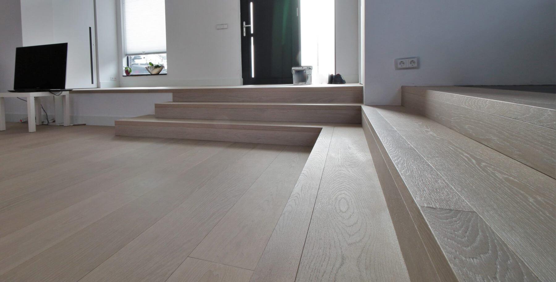 Bauwerk Casapark geborstelde eiken planken op vloerverwarming