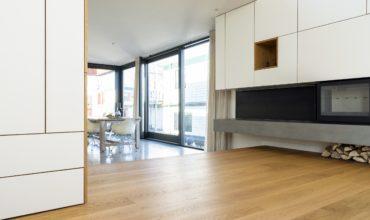 Bauwerk Villapark Eiken 14 NOL geoliede plankenvloer op vloerverwarming.
